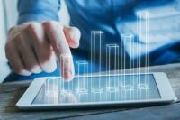 En el estudio Comercio Electrónico en México 2017, de 2015 a 2016, revela que su valor de mercado creció 28.3%, luego de que pasó de 257,000 millones de pesos a 329,000 millones de pesos.