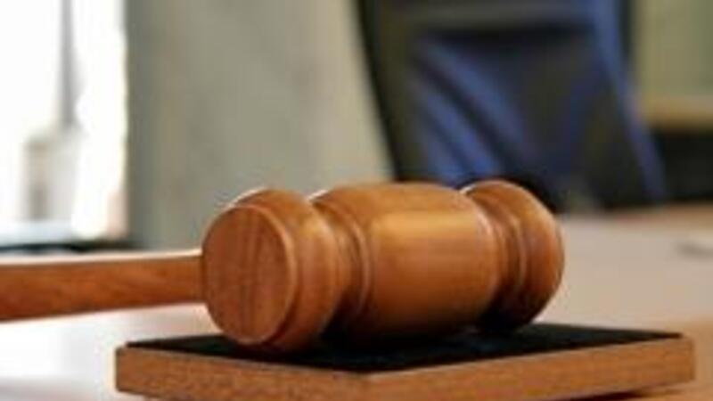 Se podrá recurrir a los tribunales en cualquier momento en caso de de violación a los derechos de autor
