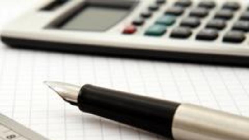 Mantener el crecimiento y fortalecer las finanzas públicas, el aspecto fiscal del PND