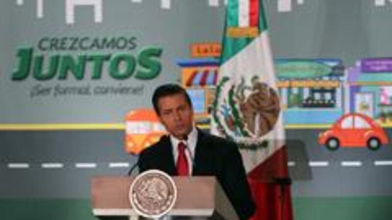 El presidente Enrique Peña Nieto durante la presentación de la estrategia Crezcamos Juntos (Foto: Notimex)