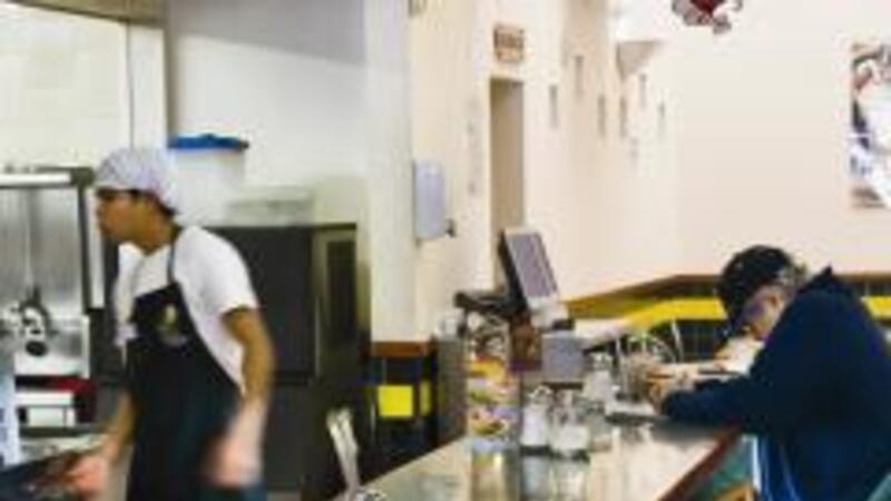 Proponen deducciones de 100% en restaurantes
