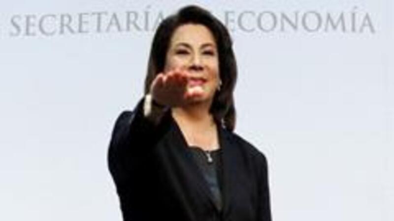La nueva titular de Profeco, Lorena Martínez, tomó posesión de su cargo en la Secretaría de Economía (Foto: Notimex)