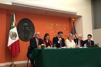 Funcionarios encabezados por Marcelo Ebrard, titular de la SRE, ofrecieron una rueda de prensa.