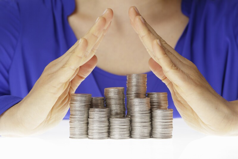 De acuerdo con un informe del IMSS, el gasto en que incurrirá el Gobierno Federal derivado de financiar las pensiones otorgadas al amparo de la Ley 73, para 2017, será de 221,000 millones de pesos