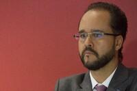 El presidente de la Consar, Carlos Ramírez