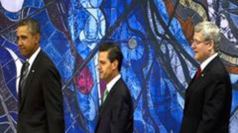 Los presidentes Enrique Peña, de México, y Barack Obama, de EU, así como el primer ministro de Canadá, Stephen Harper (Foto: Notimex)