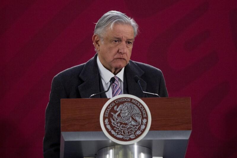 AMLO discrepa con Banxico por proyección de contracción económica | IDC