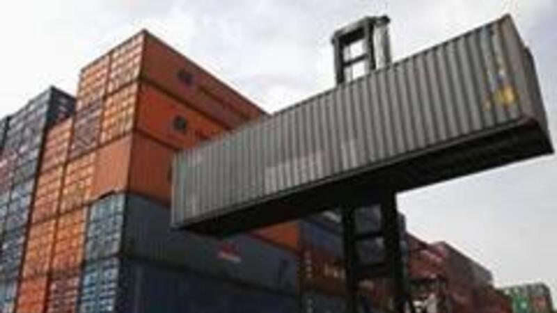 Balanza comercial con déficit