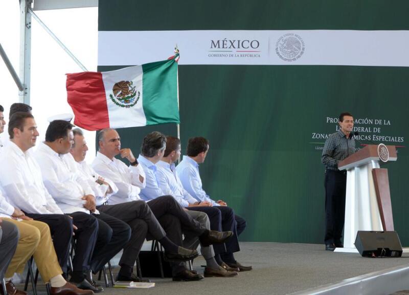 Promulga EPN Ley de Zonas Económicas Especiales (Foto: Comunicación Presidencia de la República)