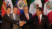 El Ejecutivo de México, Enrique Peña Nieto, con sus homólogos de Colombia, Juan Manuel Santos; Chile, Sebastián Piñera; y Perú, Ollanta Humala
