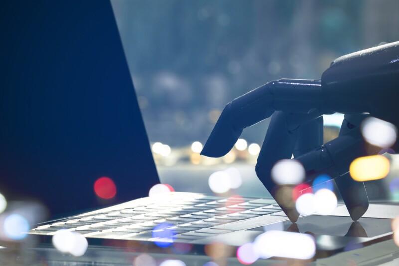 De acuerdo con la empresa Comstor los bancos usarán con mayor frecuencia la Inteligencia Artificial.