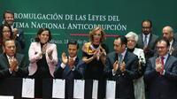 El presidente Enrique Peña Nieto durante la promulgación de las leyes anticorrupción (Foto: Cuarto Oscuro)