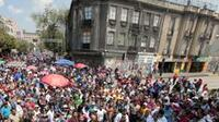 Integrantes de la CNTE se manifiestan en las calles del DF (Foto: Notimex)