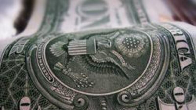 El envío promedio de remesas en octubre fue de 284.72 dólares, monto menor en 4.72% respecto al mismo mes de 2012
