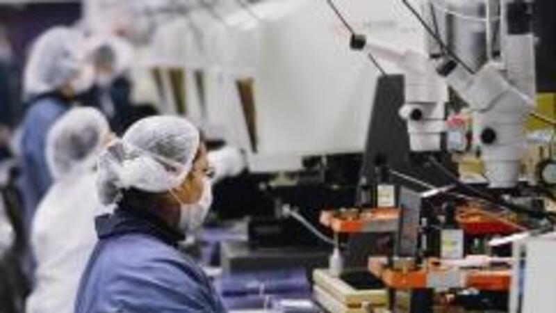 Aumento de más de 2% en el empleo de la industria manufacturera