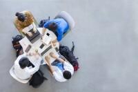 El 50.03% de quienes poseen estudios medio superior y superior están fuera del área productiva