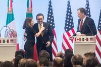 Chrystia Freeland, ministra de Asuntos Exteriores de Canadá, Ildefonso Guajardo, Secretario de Economía, y Robert Lighthizer, representante Comercial de Estados Unidos, durante la conferencia de prensa