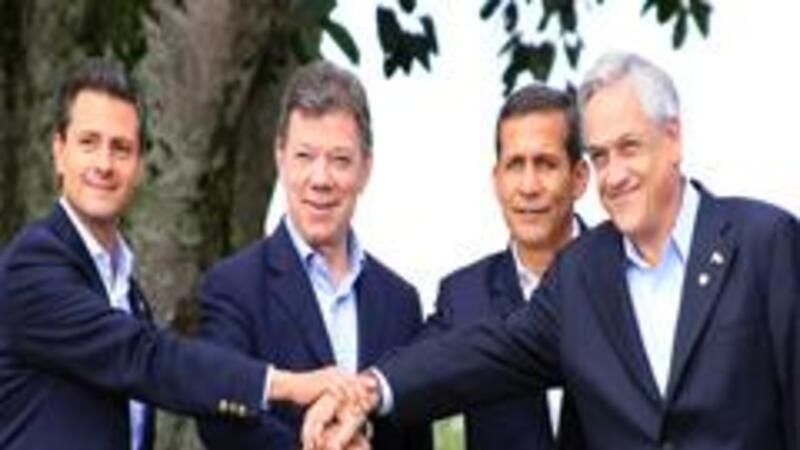 Presidentes de México, Enrique Peña; de Colombia, Juan Manuel Santos, de Perú, Ollanta Humala, y de Chile, Sebastián Piñera (Foto: Notimex)