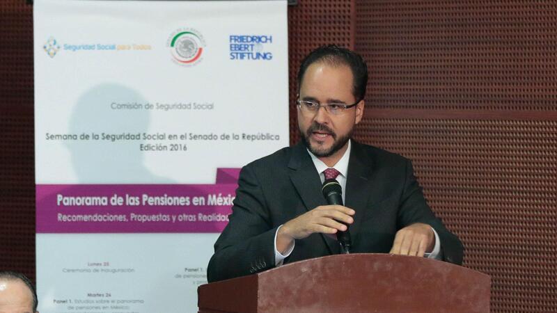 El presidente de la Consar, Carlos Ramírez Fuentes (Foto: Comunicación Senado)