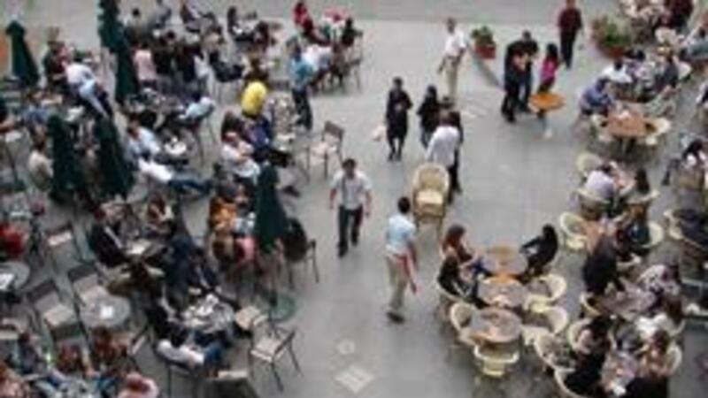 Restaurantes obligados a proporcionar de manera gratuita agua potable a sus clientes