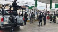 La Policía Federal tuvo que apoyar a los verificadores de Profeco para revisar una gasolinería en Puebla.