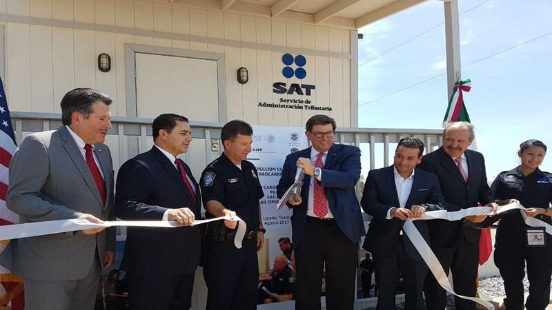 Gerardo Suárez Hasbach (SAT) John Wagner (CBP) directivos de asociaciones de agentes aduanales y ejecutivos de Kansas City and Southern y Union Pacific de México